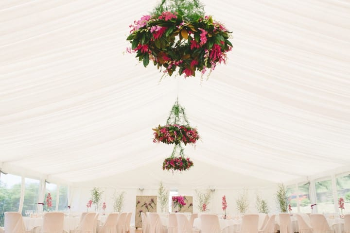 decoracion-bodas-carpa-guirnalda-flores-itxasbide-20eventos