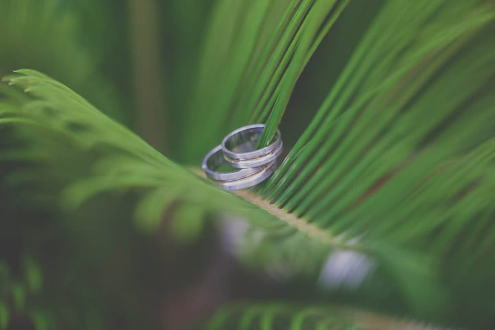 boda-hippy-rustica-joyas-alianzas-novios-20eventos-wedding-planners