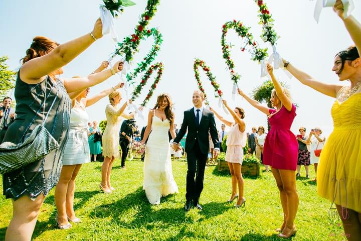 ceremonia-civil-aire-libre-decoracion-boda-alegre-dantzari-20eventos-wedding-planners-san-sebastian.jpg