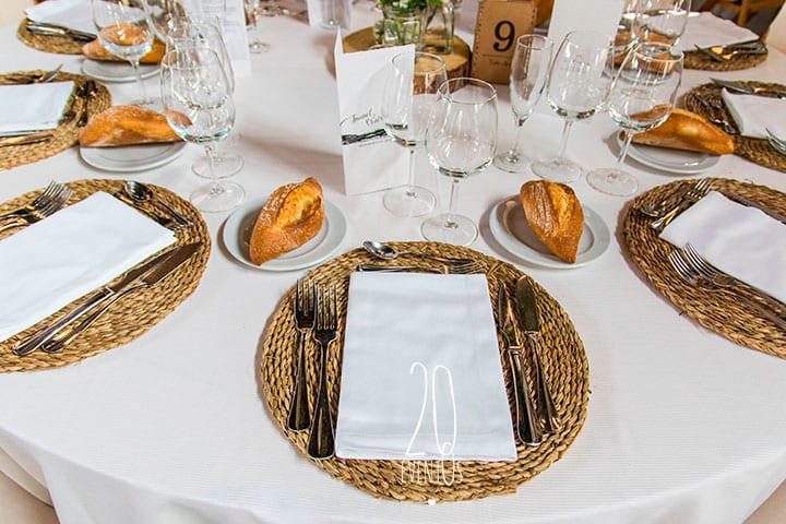 20eventos-wedding-planners-decoracion-bodas-divinus-catering-bodas-puestos-detalles-mesas-katxina-bodega-txakolindegi